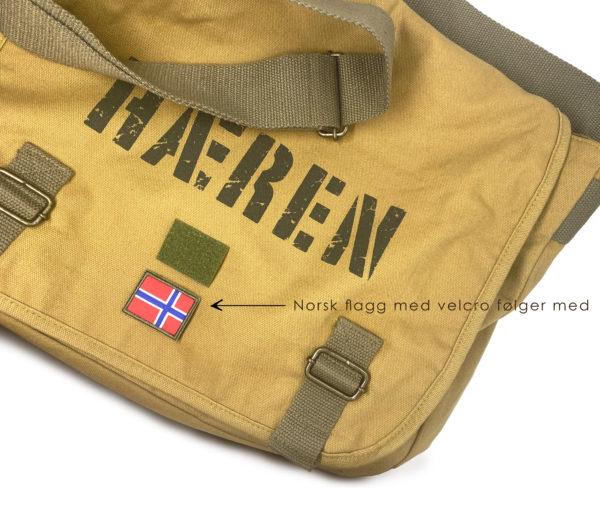 Norske flagg på veske